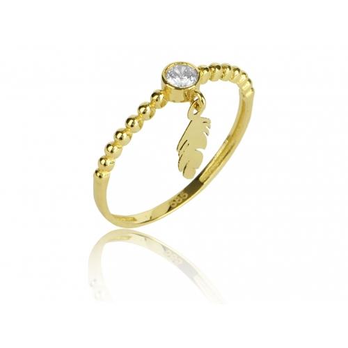 Złoty pierścionek z piórkiem