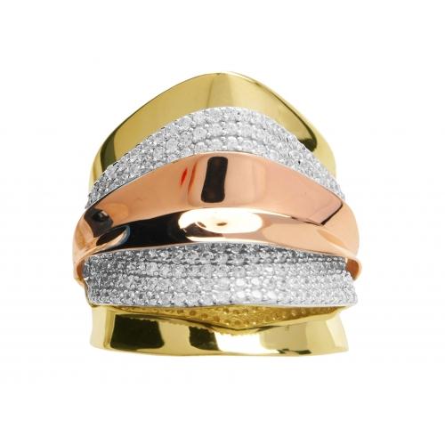 Złoty pierścionek i cyrkonie