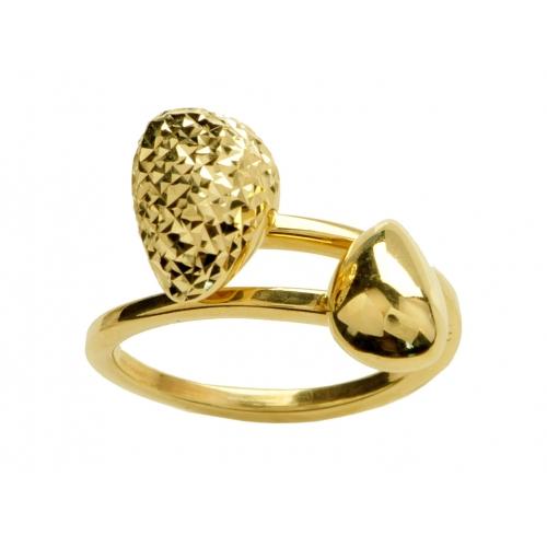 Złoty pierścionek w kształcie szyszki