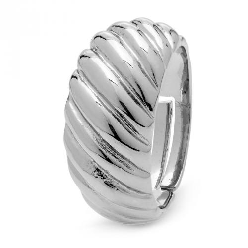 Pierścionek srebrny grawerowany