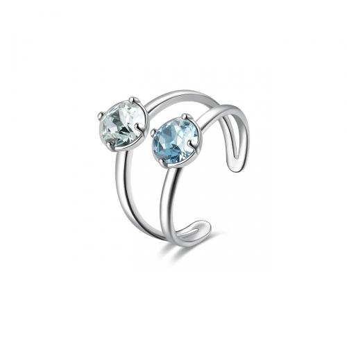 Pierścionek z kryształami Swarovskiego i tanzanitem