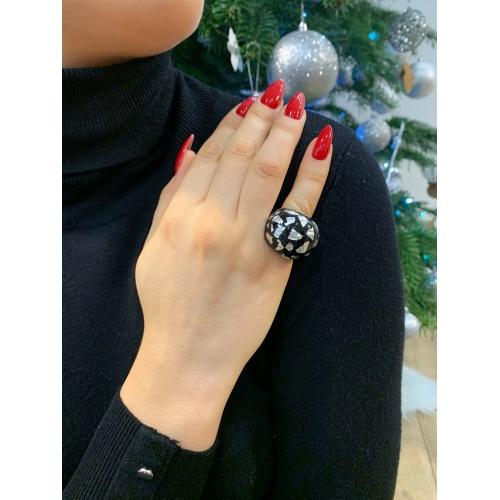 Masywny pierścionek modowy srebrny