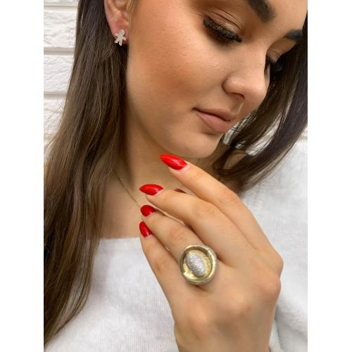 Złoty pierścionek duży owal z cyrkoniami
