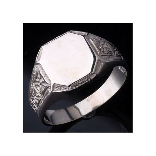 Sygnet srebrny z krzyżami maltańskimi